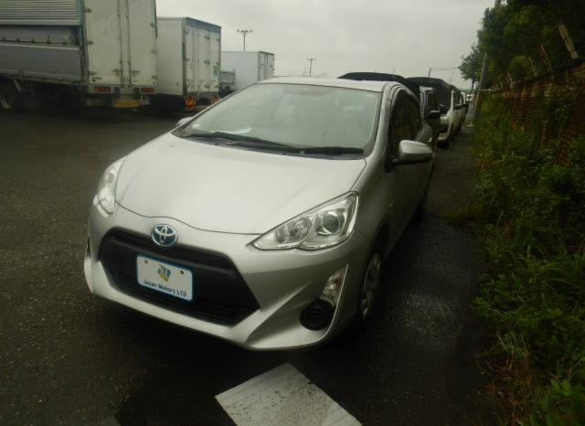 Toyota Aqua 2105 full